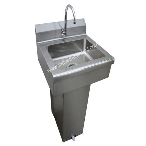 Lavamanos de pedestal con sistema de pedales for Precio de lavamanos